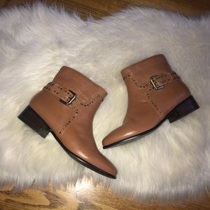 Pour la Victoire brown leather studded booties 8